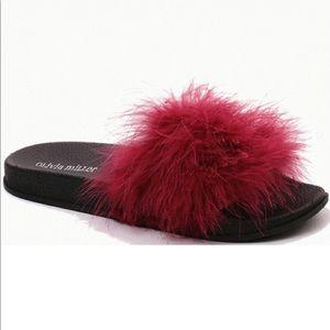 Olivia Miller Burgundy Feather Sliders